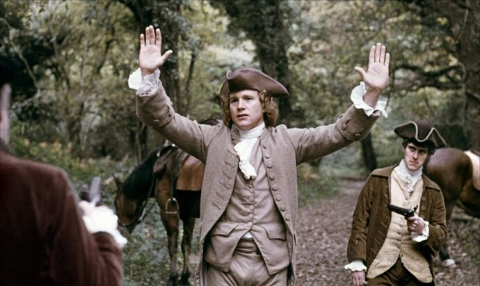 barry-lyndon-1975-001-lyndon-held-up-in-forest